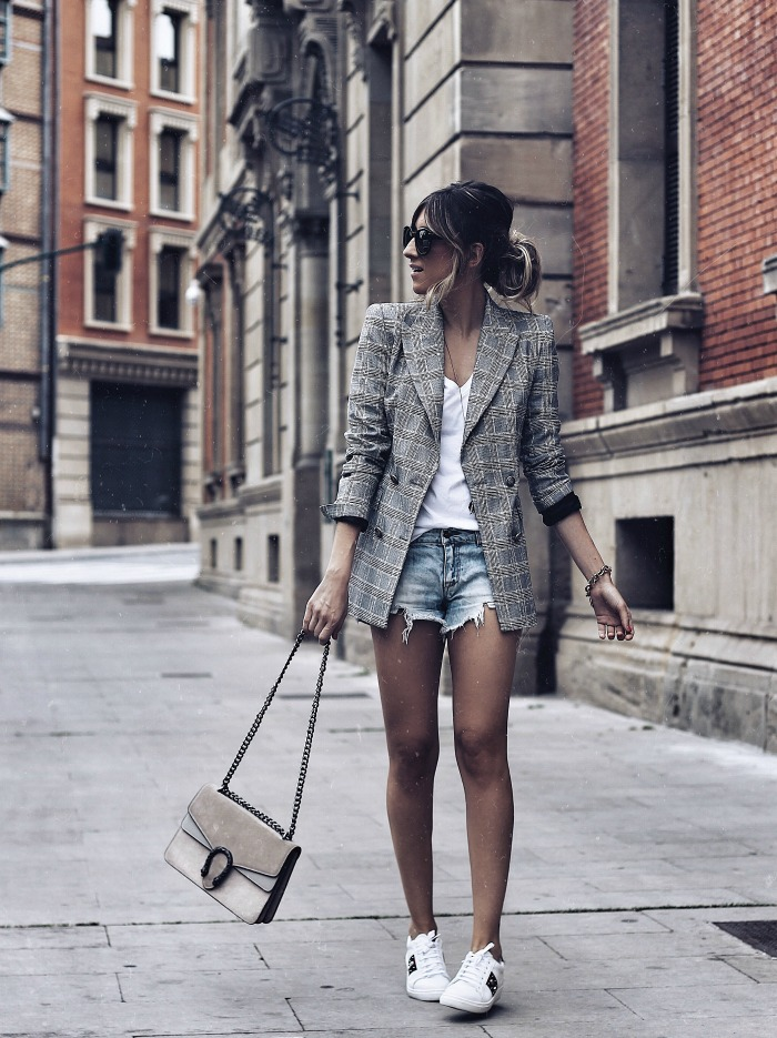 LOOK CON SHORT VAQUEROS 6